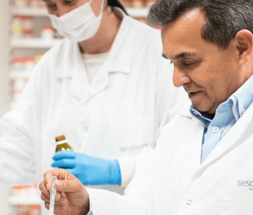 doctor-en-medicina-cum-laude-gabriel-serrano